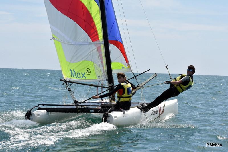 Stages De Voile D Ete Ados Adultes Dans Le 56 Morbihan Yacht Club De Carnac